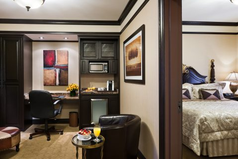 Deluxe Two Bedroom Family Suite